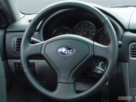 subaru forester steering wheel image 2005 subaru forester natl 4 door 2 5 xt auto w