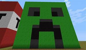 Giant Creeper face block Minecraft Project