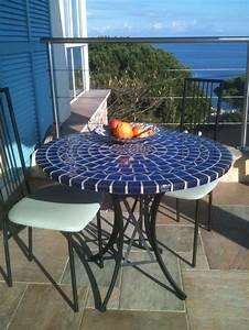 Table Mosaique Jardin : round mosaic table 90 cm ~ Teatrodelosmanantiales.com Idées de Décoration