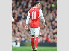 Arsenal Mesut Ozil and Alexis Sanchez will sign contracts