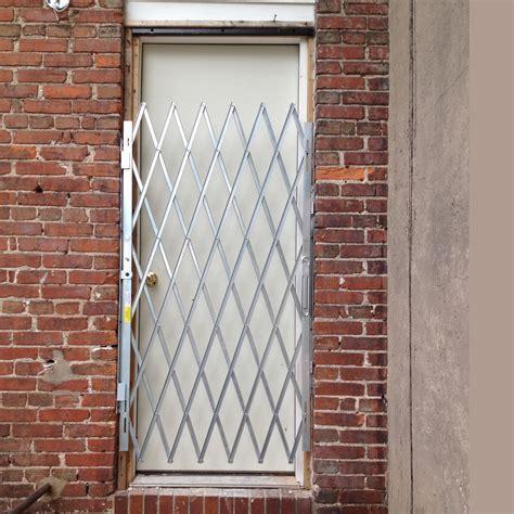 Heavy Duty Door Gates ? Illinois Engineered Products