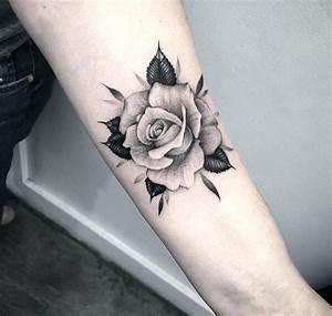 Rosen Tattoos Schwarz : rosen tattoo cranked out ~ Frokenaadalensverden.com Haus und Dekorationen