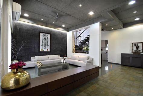 Dipen Gada THE CUBE HOUSE   Living Room   Vadodara