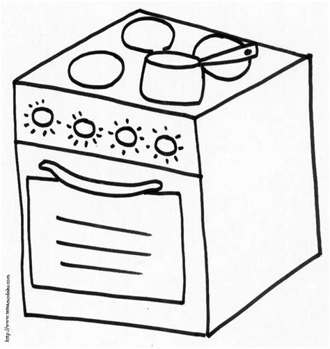 dessins cuisine 18 dessins de coloriage cuisiniere à imprimer