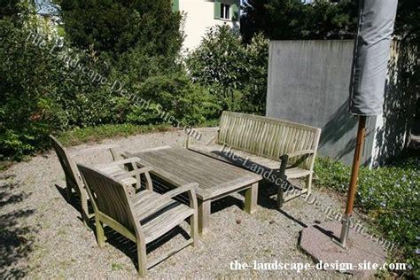 budget patio garden with a gravel floor garden ideas