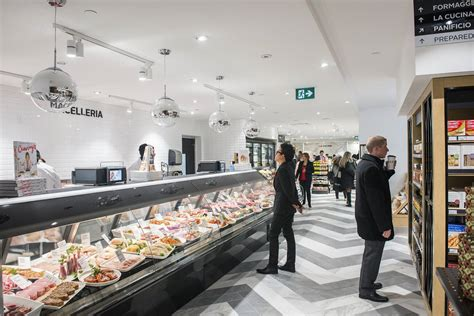 gourmet food toronto stores pusateri street queen grocery saks pusateris blogto hall