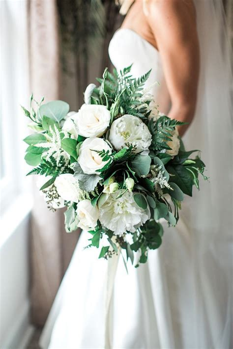 timeless modern wedding  rustic chic style bouquets