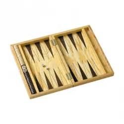 Backgammon Spiel Kaufen : backgammon eines der ltesten brettspiele der welt ~ A.2002-acura-tl-radio.info Haus und Dekorationen