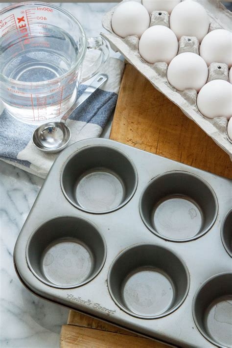 eggs poached oven really muffin fill tin