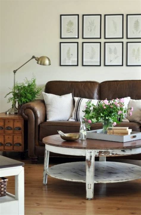 Round coffee table ? the eye catcher in your living room   Interior Design Ideas   AVSO.ORG