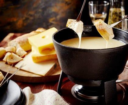 magazine recette de cuisine fondue savoyarde recette de fondue savoyarde marmiton