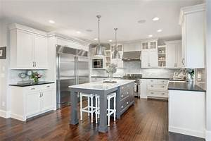 The Nantucket Show Home - Traditional - Kitchen