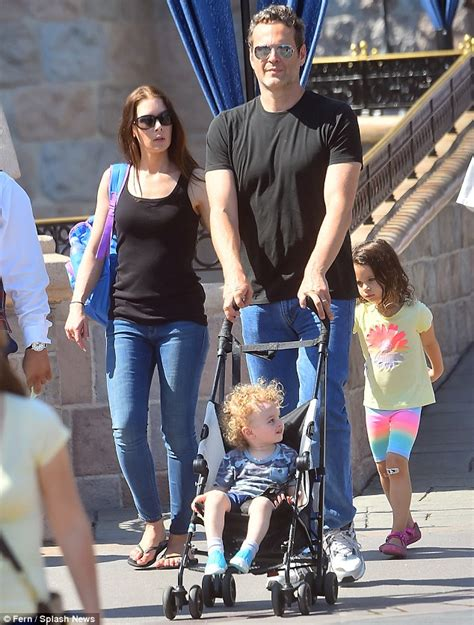 vince vaughn takes  wife   kids  disneyland