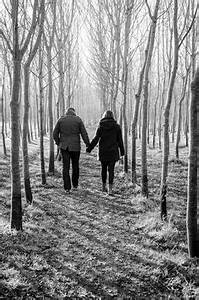 Old Couples Holding hands..I ♥ this! I have always been ...