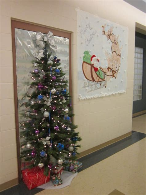 gorgeous office christmas decorating ideas detectview
