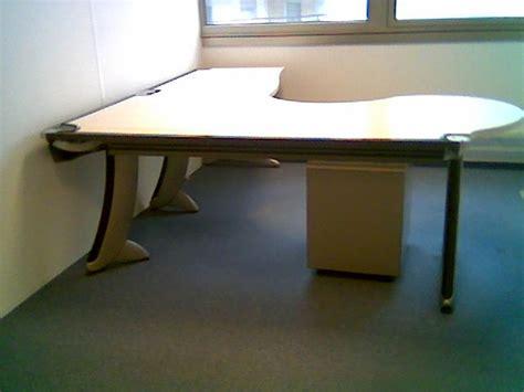 bureau strafor occasion lots de 100 bureaux steelcase strafor destockage grossiste