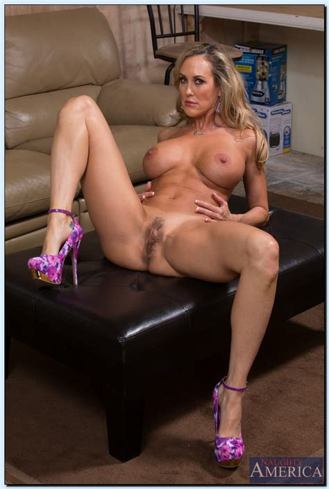 Brandi Love Seduce The Hunk Producer Milf Fox