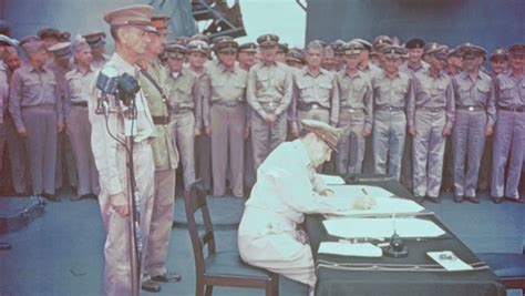 douglas macarthur receives  japanese surrender history