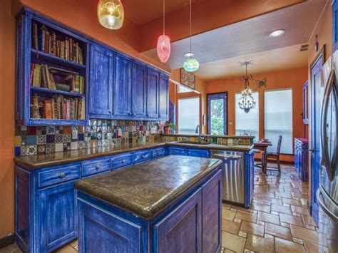 how to finish kitchen cabinets the most colorful home in hollow 7249