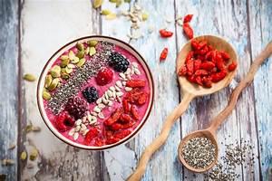 Chia Samen In Joghurt : smoothie bowl mit chia samen und beeren chia ~ Orissabook.com Haus und Dekorationen