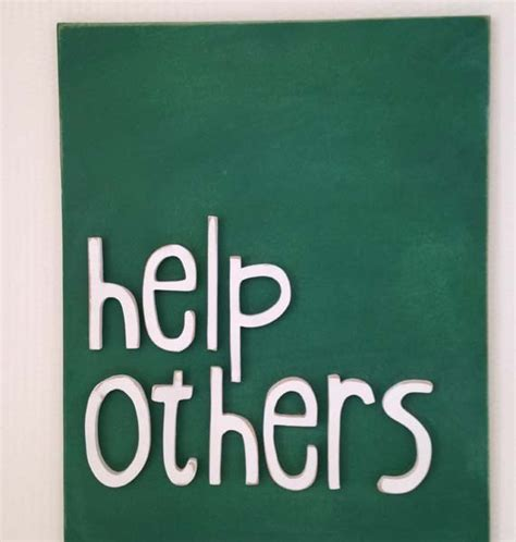 help others evie ivy