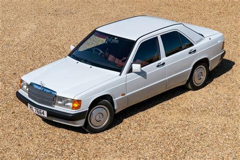 Mercedes-Benz 190 (W201) - Classic Car Review | Honest John