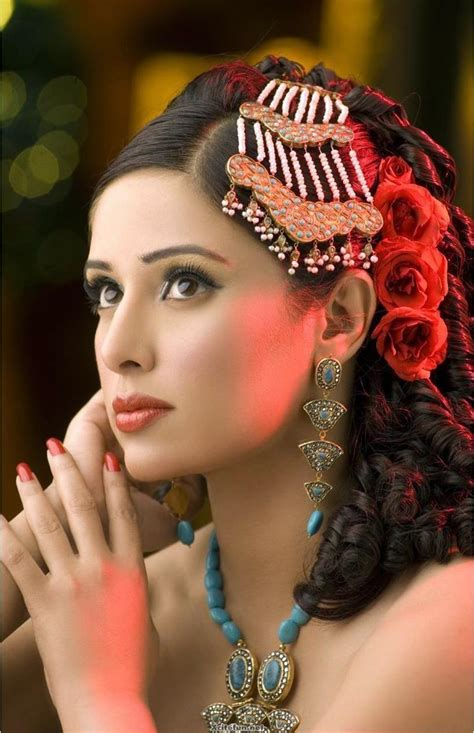asian bridal makeup  jewelry pics