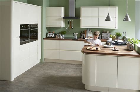 cooke lewis appleby high gloss cream  integrated