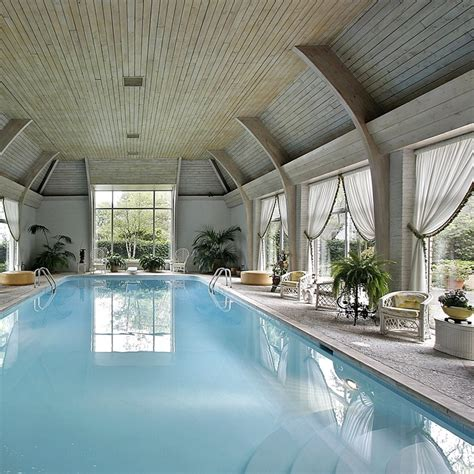 monthly swimming pool maintenance service in sacramento
