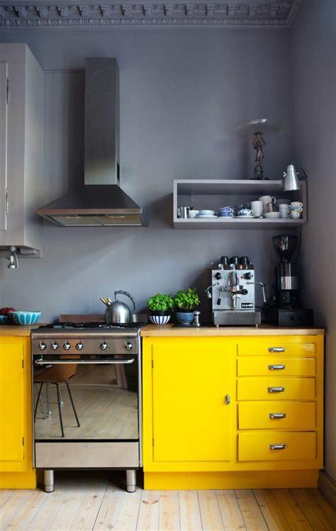 cuisine gris jaune la cuisine grise plutôt oui ou plutôt non