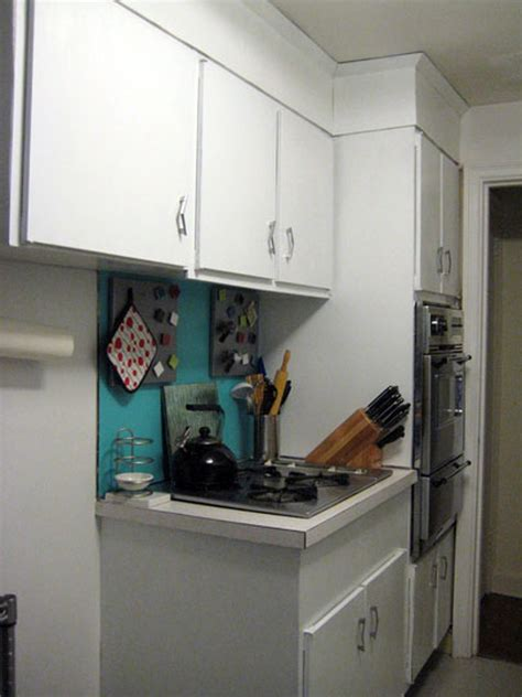paint for laminate cabinets how to paint plastic laminate kitchen cabinets