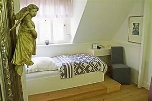 Bett Auf Podest : bett im alkoven a ~ Sanjose-hotels-ca.com Haus und Dekorationen