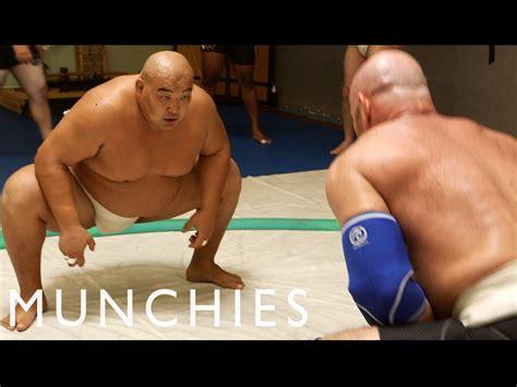 The 10,000 Calorie Sumo Wrestler Diet - YouTube