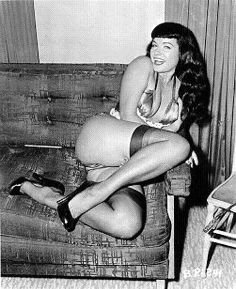 Bettie Page 16 Pics