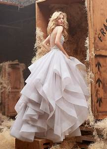 12 Beautiful Backless Wedding Dresses Gowns