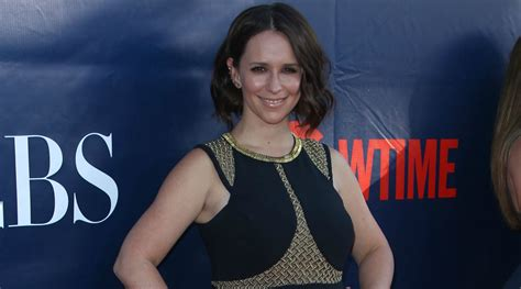Jennifer Love Hewitt Shares Embarrassing Mom Moment With