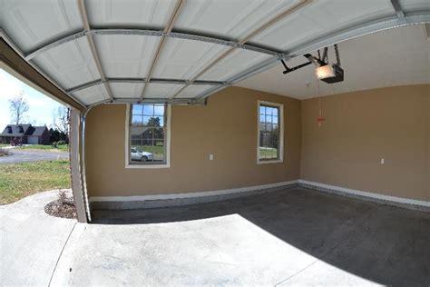 rooms   turn  garage
