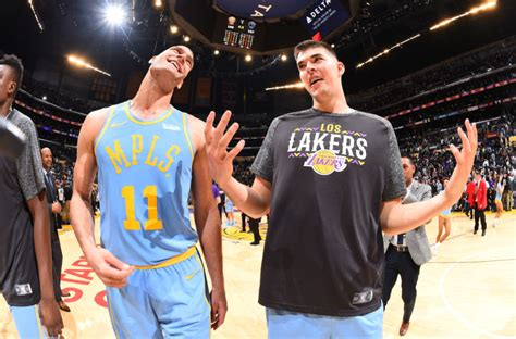 angeles lakers brook lopez march
