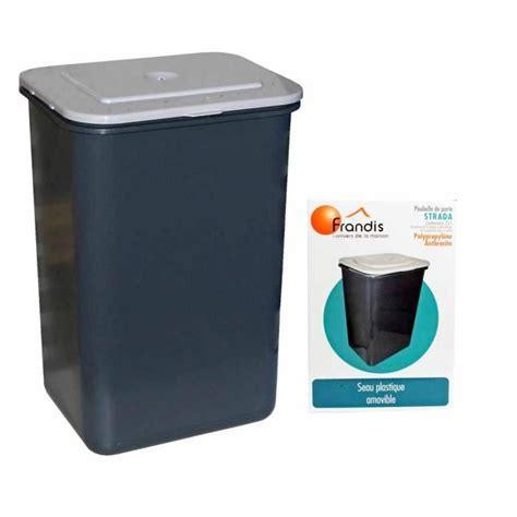 poubelle cuisine porte placard poubelle de porte intérieur maison sur enperdresonlapin