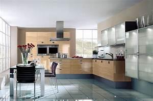 Günstige Küchen L Form : l form k che und hochschr nke aus kernbuche h ngeschr nke mit glast ren ~ Bigdaddyawards.com Haus und Dekorationen
