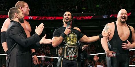 Page 3 - 8 reasons why Seth Rollins should turn Babyface