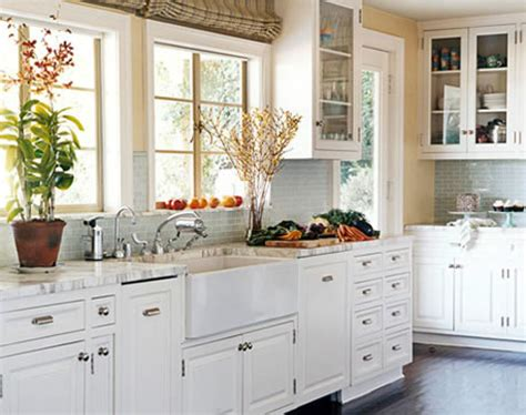 small kitchen white cabinets cool kitchens with white appliances design kitchen 5514