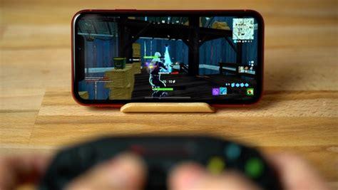 playing fortnite   ipad pro  iphone xr