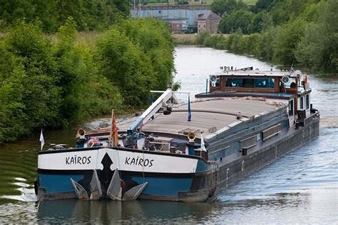 chambre prison péniche kairos bateau hote itinérant sur les fleuves d