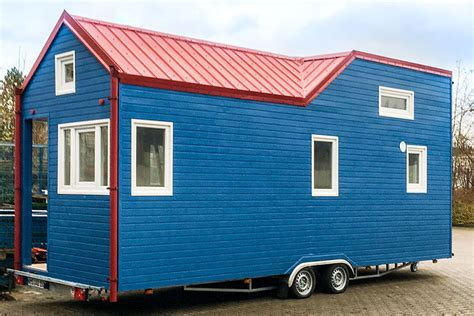 Tiny Häuser Schlüsselfertig by Rolling Tiny House In Brillantblau