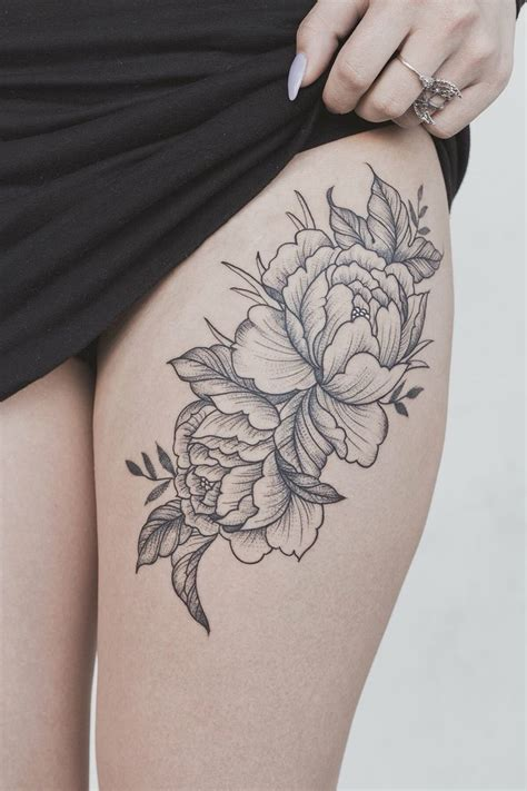 sexy thigh tattoos  women