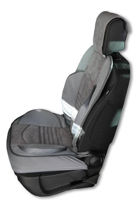 voiture avec 3 sieges arriere couvre siège grand confort pour les sièges avant de la voiture