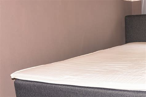 What Is The Difference Between A Mattress Pad & A Mattress