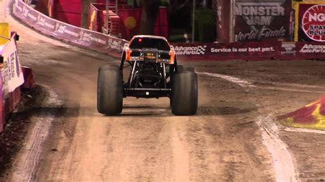 monster truck racing video monster jam world finals 2012 monster truck racing