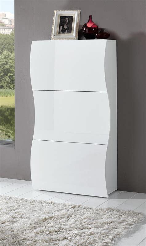 armoire chambre noir laqué meuble à chaussures design 3 portes laqué blanc onida